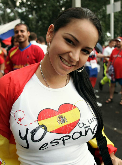 Spain - sexy -soccer fan
